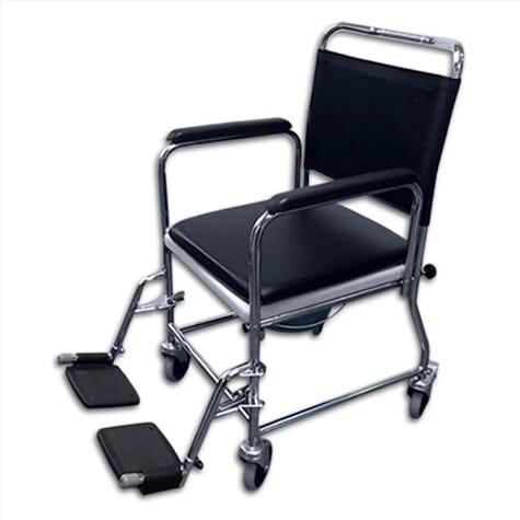 Chaise percée avec des roulettes