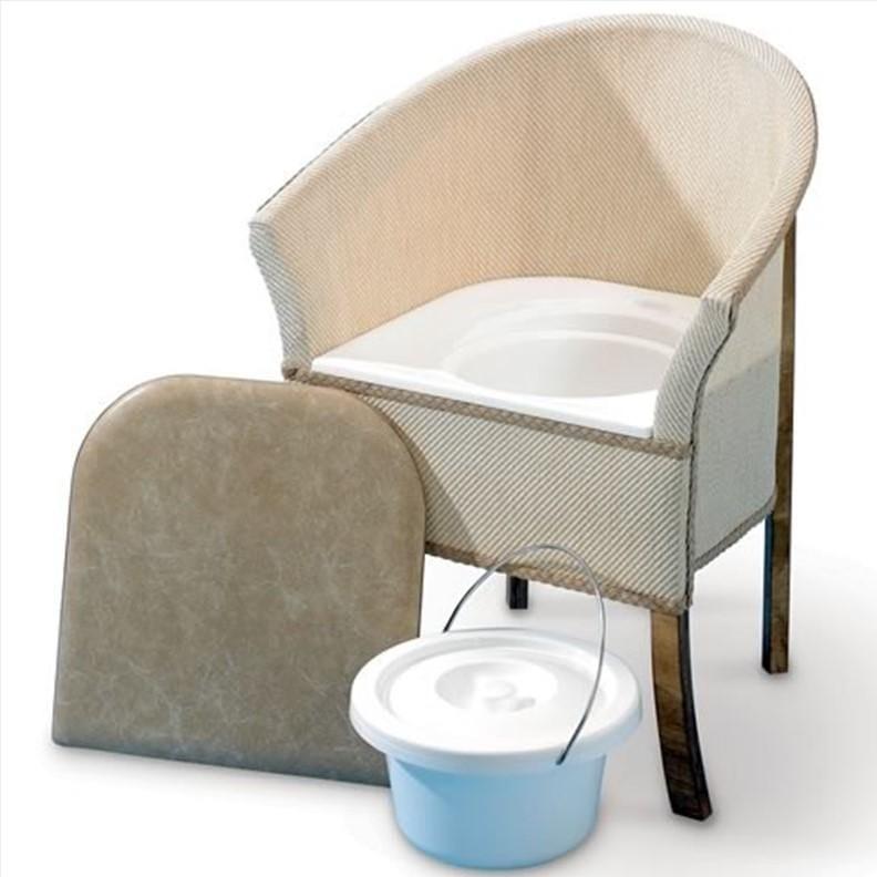 Chaise percée pour chambre