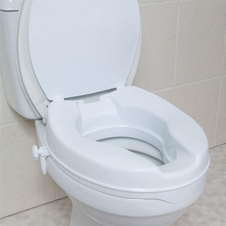 Rehausseur de toilettes avec couvercle rabattable
